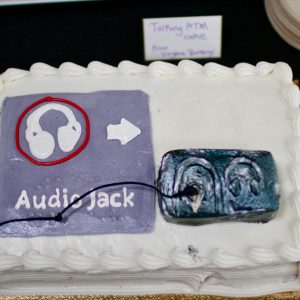 Cake decorated with a talking ATM jack